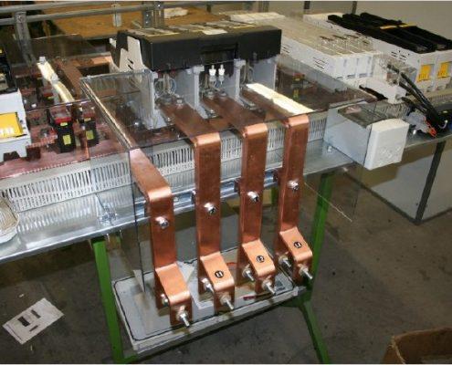 ANschlußsystem eines NH4a Trenners auf einem Niederspannungsgerüst oder NS Gerüst