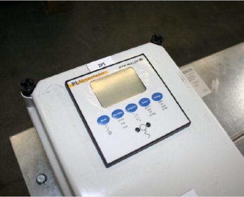 Multimeter PL NOvameter der Firma Jean Müller auf einem Niederspannungserüst der Firma Isoblock Schaltanlagen
