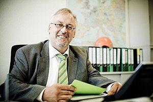 Peter-Schriewer-Mitarbeiter-Kontakt-isoblock