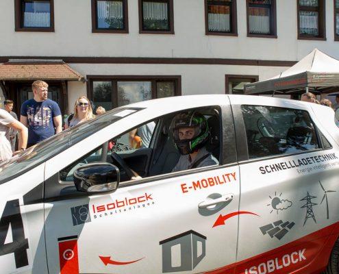 Isoblock Ladestechnik beim Bergrennen 2017 in Borgloh