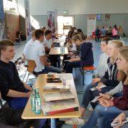 Mittwoch, 23.8.2017 der Berufsorientierungstag der Domschule in Osnabrück mit einem Team von Auszubildenden der Firma Isoblock Schaltanlagen