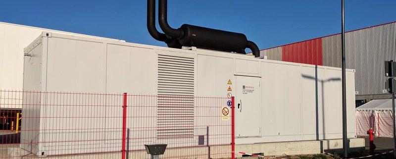 Netzersatzanlage 1800kVA im Container mit Schutztechnik laut TAB Netzersatzanlagen am Netz der VNB