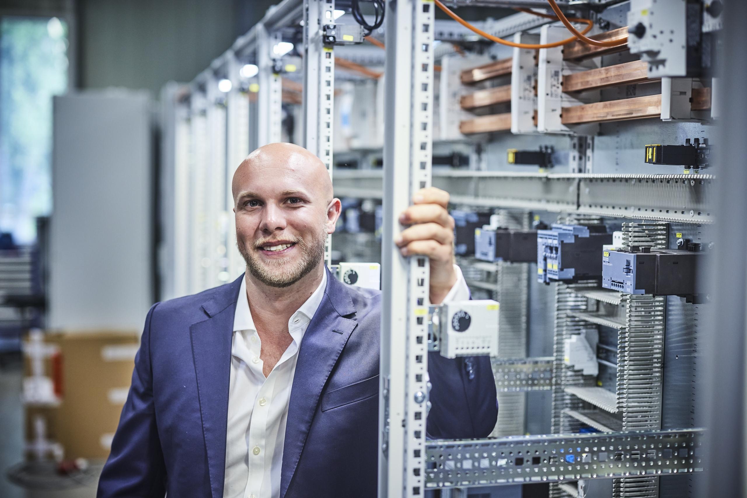 Gemeinsam mit seinem Geschäftsführungs-Kollegen Roger Schiemann will Julian Vetter die Digitalisierung der Prozesse und die Spezialisierung der Mitarbeiter fördern.